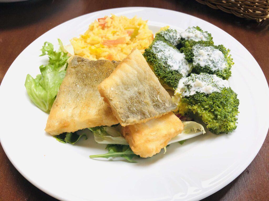 Sandacz z patelni Restauracja Villa Skomanda menu