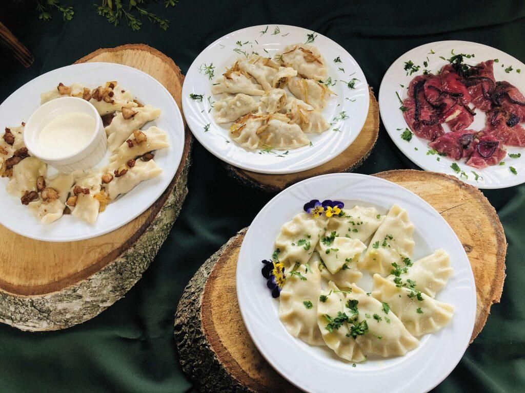 Villa Skomanda w Augustowie restauracja menu najlepsze pierogi